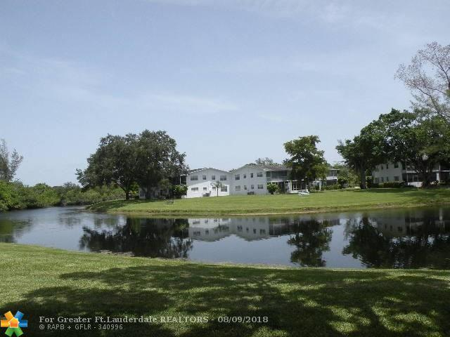 3 Tilford A #3, Deerfield Beach, FL 33442 (MLS #F10135904) :: Green Realty Properties
