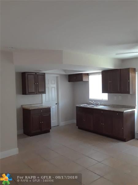 2181 NW 10th Ct, Pompano Beach, FL 33069 (MLS #F10136820) :: Green Realty Properties