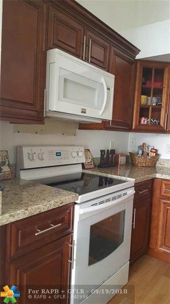 10272 Windswept Pl, Boca Raton, FL 33498 (MLS #F10137029) :: Green Realty Properties