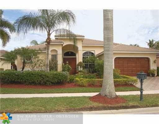 2554 Jardin Ln, Weston, FL 33327 (MLS #F10137141) :: Laurie Finkelstein Reader Team