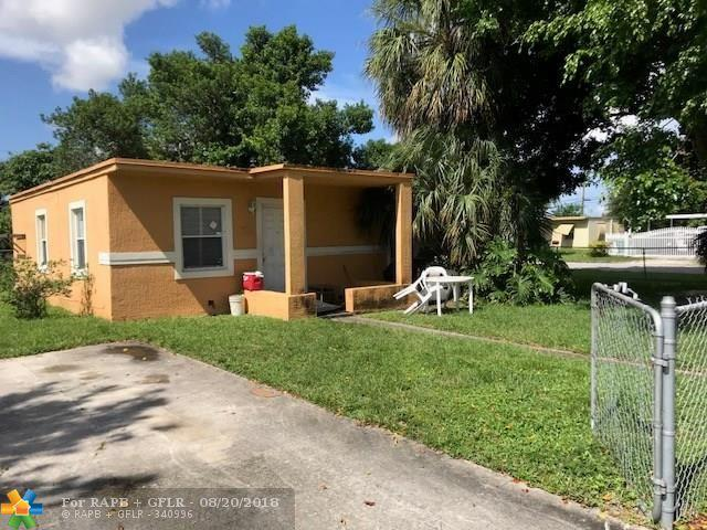 1901 NW 166th St, Miami Gardens, FL 33054 (MLS #F10137323) :: Green Realty Properties