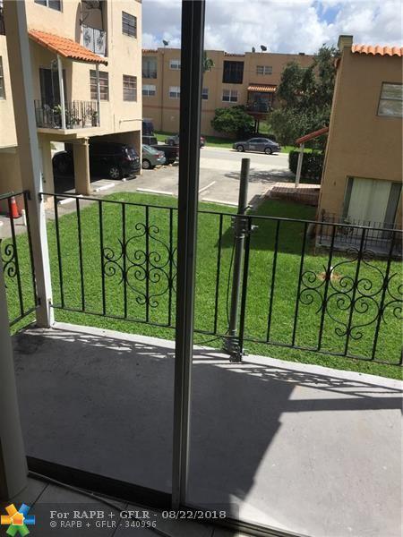 1305 W 53rd St #429, Hialeah, FL 33012 (MLS #F10137717) :: Green Realty Properties