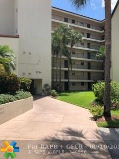 2304 S Cypress Bend Dr #314, Pompano Beach, FL 33069 (MLS #F10138593) :: Green Realty Properties