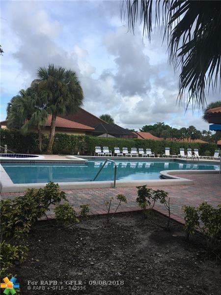 7023 Marlberry Ln #7023, Tamarac, FL 33321 (MLS #F10139189) :: Green Realty Properties