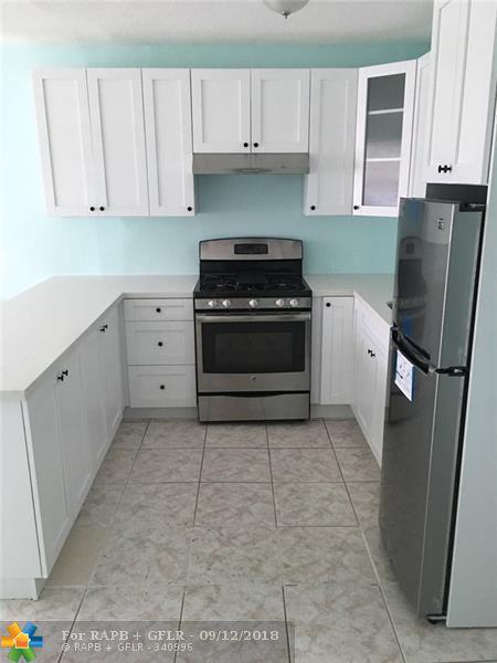 50 NW 204th St #22, Miami Gardens, FL 33169 (MLS #F10140614) :: Green Realty Properties