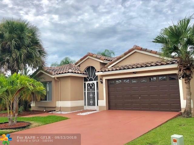 18367 Coral Isles Dr., Boca Raton, FL 33498 (MLS #F10140694) :: Green Realty Properties