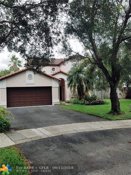 5130 NW 54th St, Coconut Creek, FL 33073 (MLS #F10140822) :: Green Realty Properties