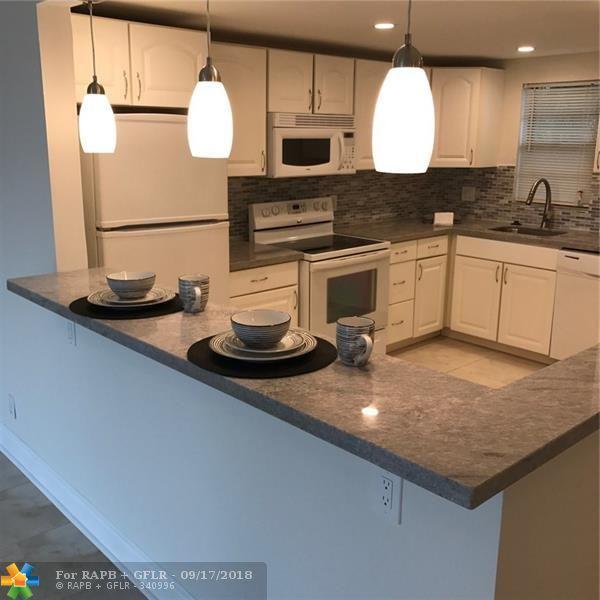 2440 Deer Creek C C Blvd 209C, Deerfield Beach, FL 33442 (MLS #F10141142) :: Green Realty Properties