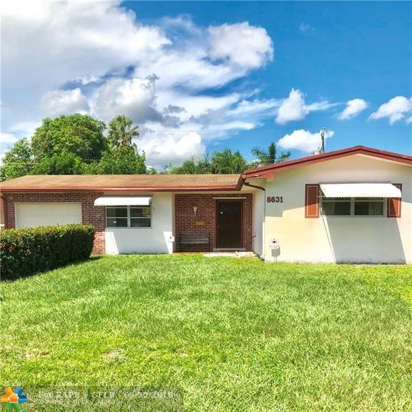 8631 Johnson St, Pembroke Pines, FL 33024 (MLS #F10141516) :: The Dixon Group