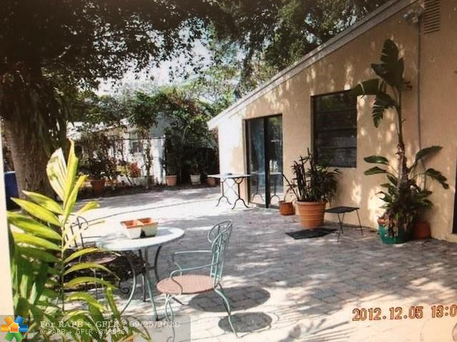 1809 SW 10th Ct, Fort Lauderdale, FL 33312 (MLS #F10142537) :: Green Realty Properties