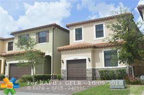 4629 NW 59th Ct, Tamarac, FL 33319 (MLS #F10144655) :: Green Realty Properties