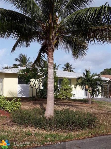 1821 NW 1st Way, Pompano Beach, FL 33060 (MLS #F10145470) :: Green Realty Properties