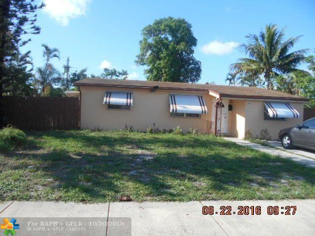 240 NE 30th St, Pompano Beach, FL 33064 (MLS #F10145887) :: Green Realty Properties