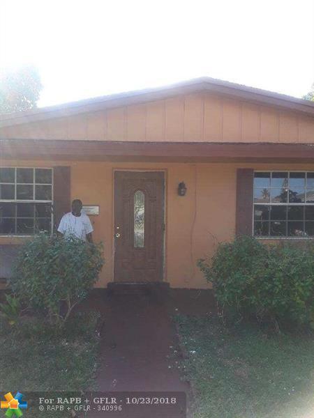 1211 NW 50th Ave, Lauderhill, FL 33313 (MLS #F10146776) :: Green Realty Properties