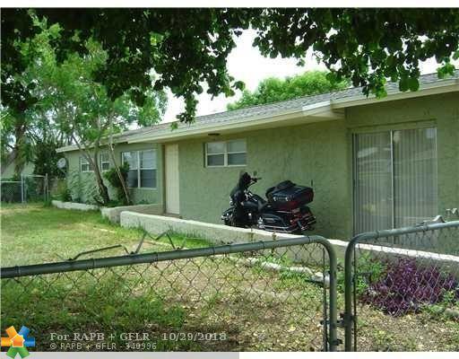 6768 Massachusetts Dr, Lake Worth, FL 33462 (MLS #F10147220) :: Green Realty Properties