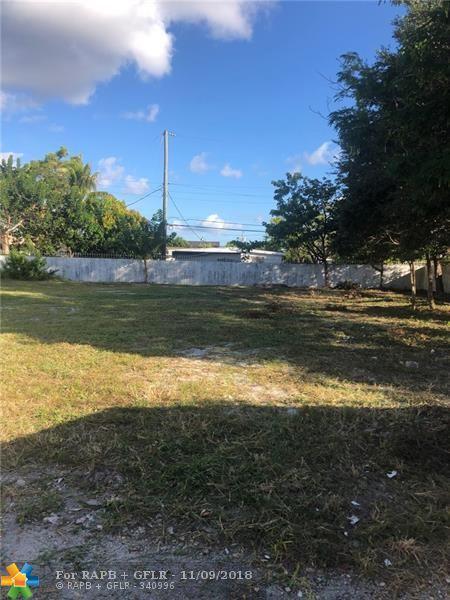 2681 SW 7th St, Fort Lauderdale, FL 33312 (MLS #F10149394) :: Green Realty Properties