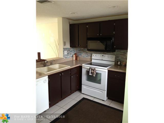 2613 NE 15th St #2613, Pompano Beach, FL 33062 (MLS #F10151015) :: Green Realty Properties