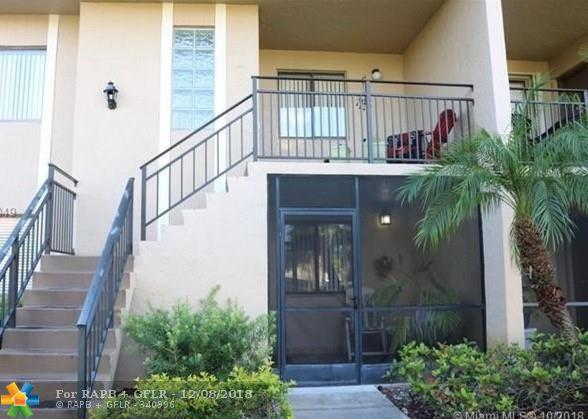 350 Lakeview Dr #102, Weston, FL 33326 (MLS #F10153263) :: The O'Flaherty Team