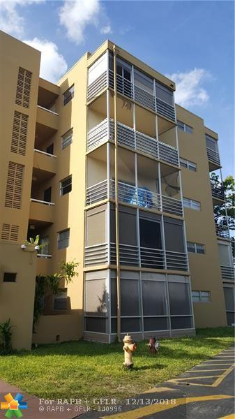 4121 Stirling Rd #409, Davie, FL 33314 (MLS #F10153792) :: The Howland Group