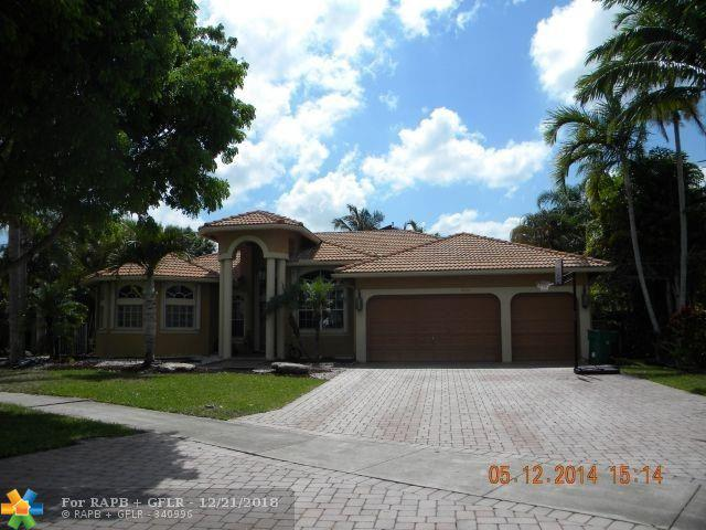 3715 NW 89th Ter, Hollywood, FL 33024 (MLS #F10154881) :: Green Realty Properties