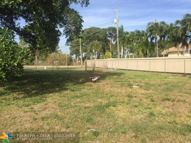 1107 SW 7th Ave, Delray Beach, FL 33444 (MLS #F10155324) :: Green Realty Properties