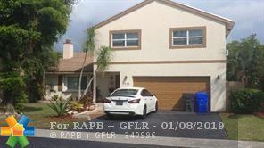 1905 SW 82nd Ter, North Lauderdale, FL 33068 (MLS #F10156722) :: Green Realty Properties