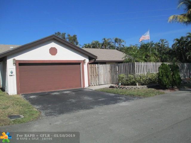 62 Forest Cir, Cooper City, FL 33026 (MLS #F10158599) :: Green Realty Properties