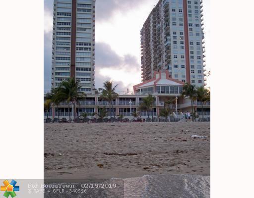 111 Briny Ave 20-07, Pompano Beach, FL 33062 (MLS #F10163398) :: Green Realty Properties