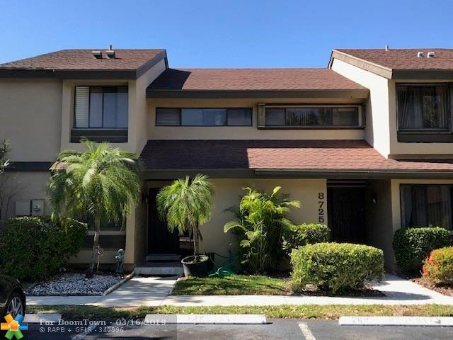 8727 Cleary Blvd #8727, Plantation, FL 33324 (MLS #F10163585) :: The O'Flaherty Team