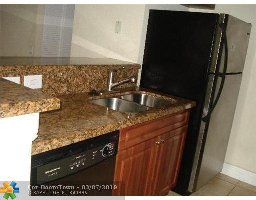 711 Forest Club Dr #120, Wellington, FL 33414 (MLS #F10166012) :: Green Realty Properties
