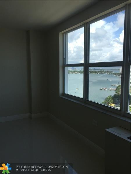 1250 West Ave 15P, Miami Beach, FL 33139 (MLS #F10170295) :: Green Realty Properties