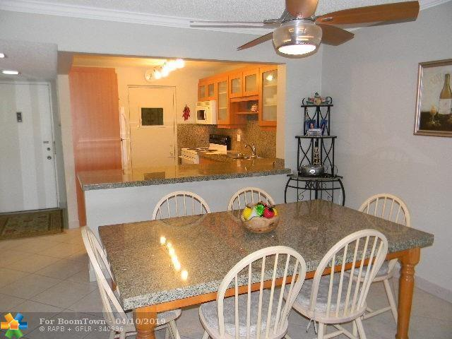 2314 S Cypress Bend Dr #215, Pompano Beach, FL 33069 (MLS #F10171182) :: Green Realty Properties
