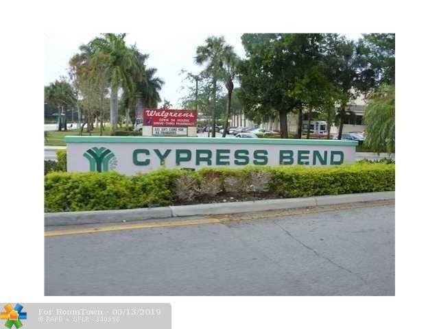2322 Cypress Bend Dr - Photo 1