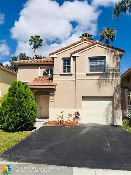 2571 E Saratoga Dr, Hollywood, FL 33026 (MLS #F10176247) :: Green Realty Properties