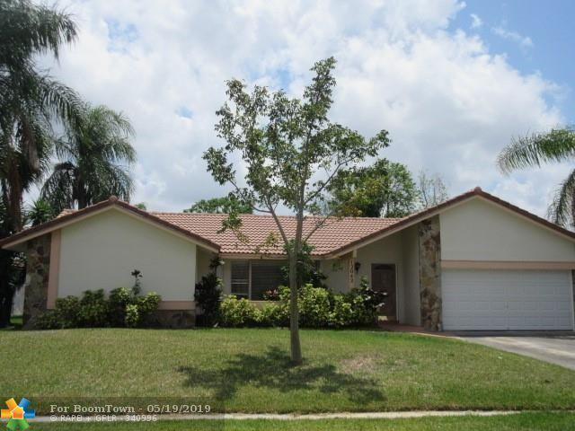 12042 NW 29th St, Coral Springs, FL 33065 (MLS #F10176882) :: The O'Flaherty Team