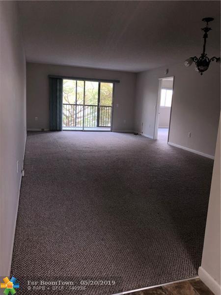 1500 SW 131st Way 307N, Pembroke Pines, FL 33027 (MLS #F10177031) :: GK Realty Group LLC