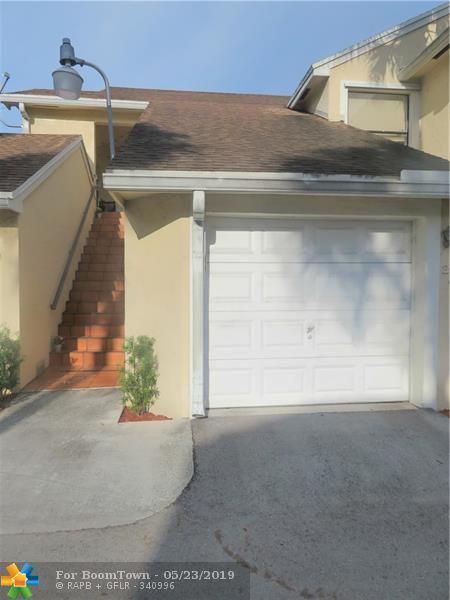 211 SW 95th Ter #201, Pembroke Pines, FL 33025 (MLS #F10177102) :: Green Realty Properties