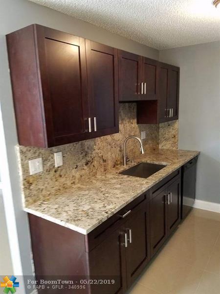 4501 NW 6th Ave #4501, Pompano Beach, FL 33064 (MLS #F10177251) :: EWM Realty International