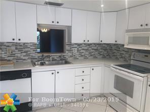 2302 Lucaya Ln D2, Coconut Creek, FL 33066 (MLS #F10177456) :: Green Realty Properties