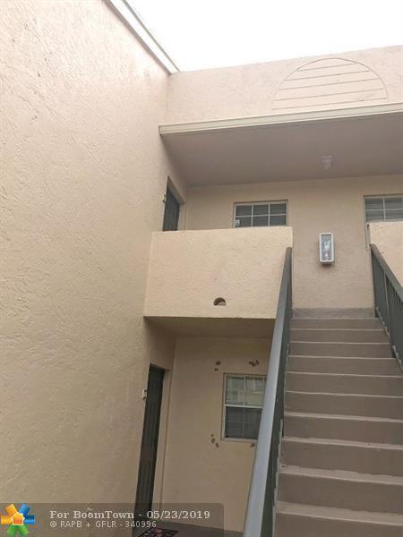 751 Cypress Ln K-7, Pompano Beach, FL 33064 (MLS #F10177547) :: Green Realty Properties