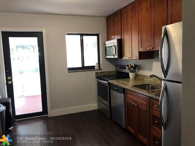 4510 NE 1st Ter, Oakland Park, FL 33334 (MLS #F10178042) :: Green Realty Properties