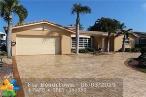 4240 NE 23rd Ter, Lighthouse Point, FL 33064 (MLS #F10178082) :: Green Realty Properties