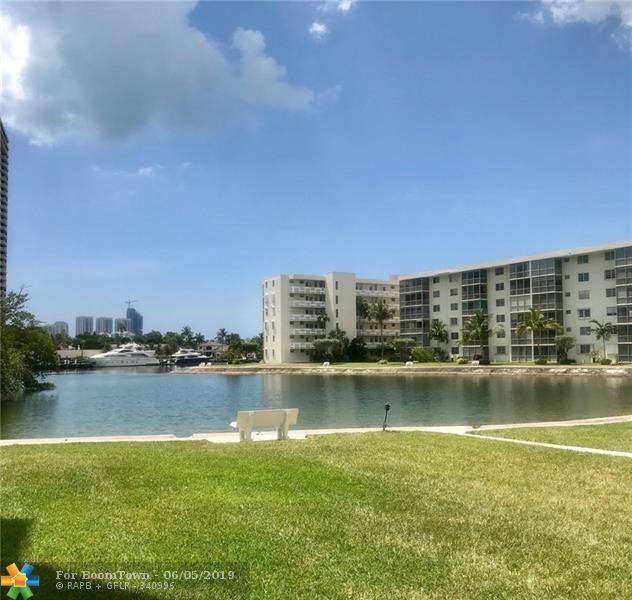 2980 Point East Dr D-211, Aventura, FL 33160 (MLS #F10179070) :: Green Realty Properties