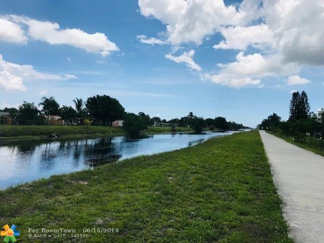 6727 N Parkway Dr #4, Margate, FL 33068 (MLS #F10180869) :: Green Realty Properties
