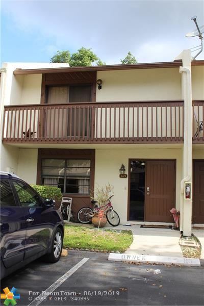 869 NW 47th St, Pompano Beach, FL 33064 (MLS #F10181447) :: Berkshire Hathaway HomeServices EWM Realty