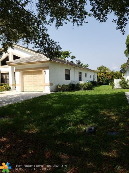 3193-3195 NW 118th Dr, Coral Springs, FL 33065 (MLS #F10181962) :: Castelli Real Estate Services