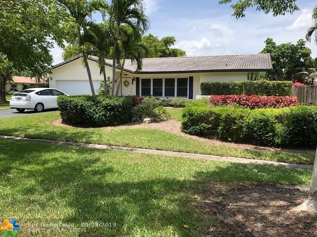 11935 NW 24th St, Coral Springs, FL 33065 (MLS #F10182080) :: United Realty Group