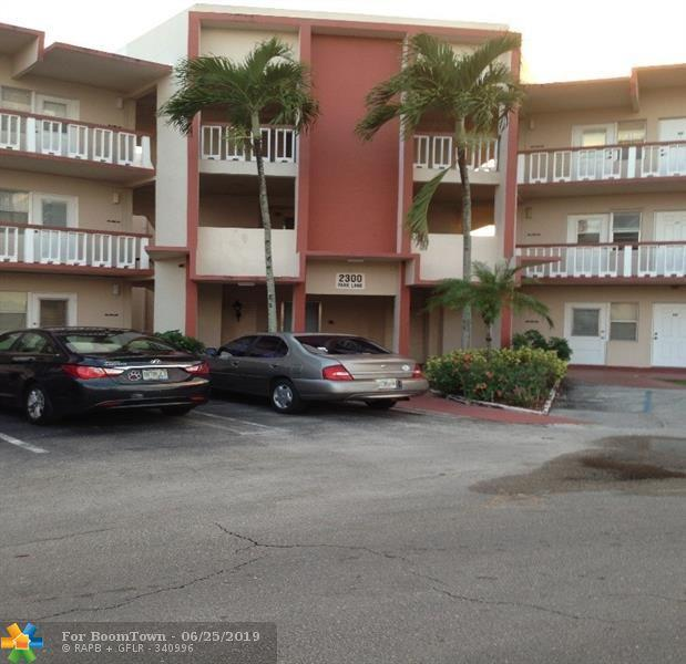 2300 Park Ln #309, Hollywood, FL 33021 (MLS #F10182405) :: Castelli Real Estate Services