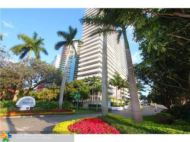 1627 Brickell Ave #2504, Miami, FL 33129 (MLS #F10184797) :: Berkshire Hathaway HomeServices EWM Realty