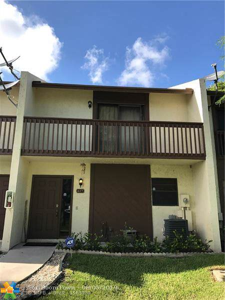 617 NW 47th St #617, Pompano Beach, FL 33064 (MLS #F10188250) :: Berkshire Hathaway HomeServices EWM Realty